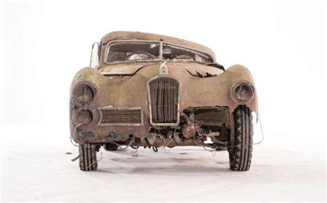 Discovered In A French Barn, This Corroding Classic Car