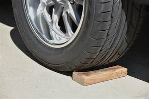 Do U0026 39 S  Don U0026 39 Ts And Tools For Changing A Wheel And Tire