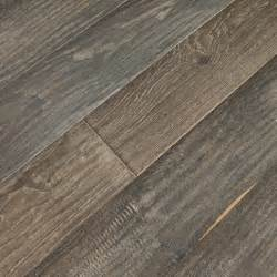 uv prefinished engineered hardwood flooring 22 02 sq ft rustic engineered