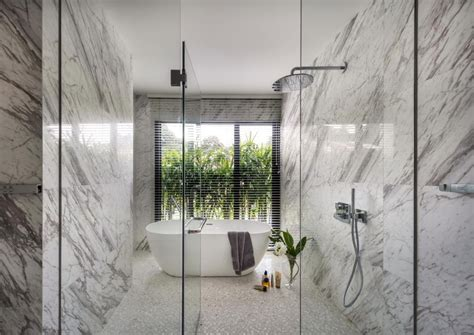 luxurious bathrooms  marble finishes home decor