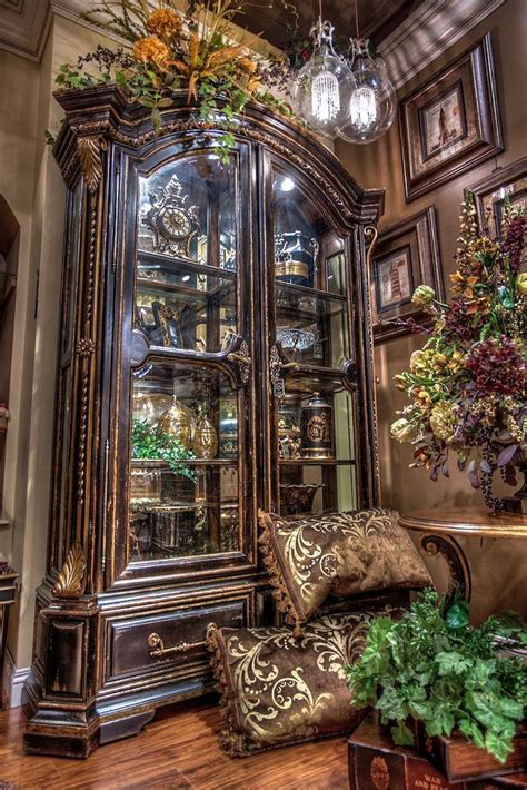China Hutch Ideas by Best 25 China Cabinet Display Ideas On China