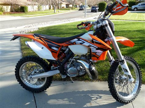 2 stroke motocross bikes looking for opinions which 2 stroke dirt bike to get