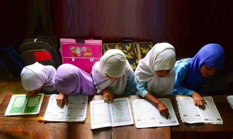 himachal opens door  girls madarsa
