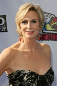 Jane Lynch says life is full of Happy Accidents – SheKnows
