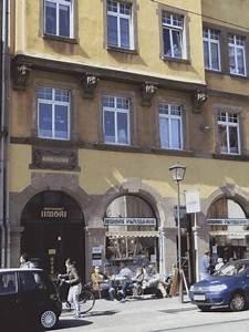 Frankfurt 1 Zimmer Wohnung : charmantes 1 zimmer appartement im herzen von frankfurt 1 zimmer wohnung in frankfurt am main ~ Orissabook.com Haus und Dekorationen