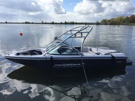 Moomba Boats Price by Moomba Bowrider Boats For Sale Boats