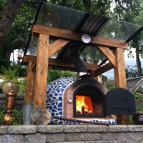 Backyard Pizza Oven by Mosaic Pizza Oven