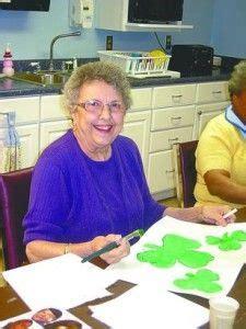 arts  crafts ideas  seniors  dementia playing