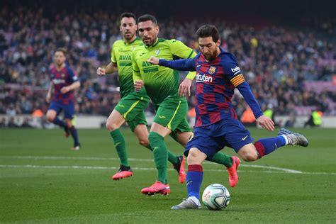 10 points to barcelona for an acrobatic finish by griezmann. Barcelona vs Eibar, La Liga: Final Score 5-0, Lionel Messi ...