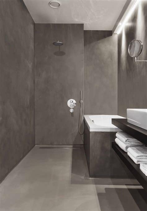 bad wand alternative fliesen badezimmer ohne fliesen natusteinwand holz waschtisch spiegel hinterbeleuchtung bad wand