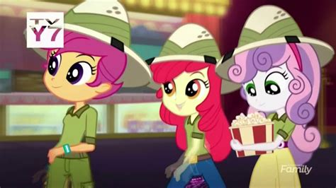 (short) Equestria Girls Specials (the Canterlot Movie Club