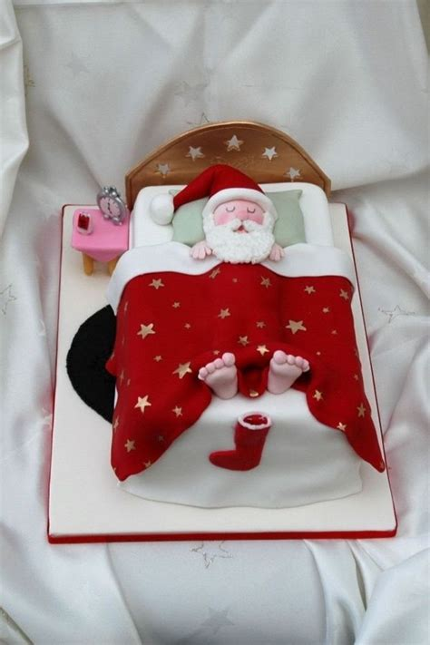 Sleeping Santa Christmas Cake