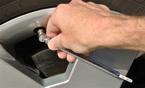Should You Put Nitrogen In Your Car's Tires? » Autoguide