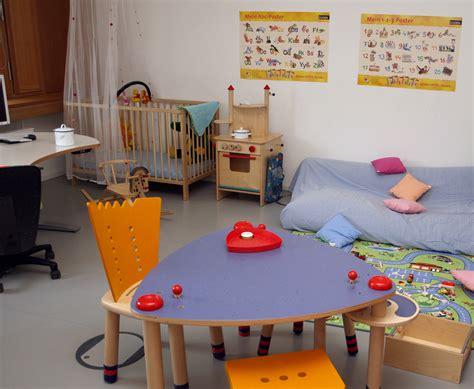 spielzeug für babybett eltern arbeitszimmer und kita belegpl 228 tze umweltbundesamt