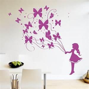 Wandtattoo Kinderzimmer Schmetterlinge : schmetterling m dchen wandtattoo ~ Sanjose-hotels-ca.com Haus und Dekorationen