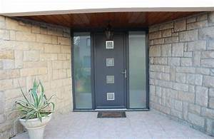 porte d39entree pvc bicolore gris anthracite exterieur et With porte de garage et porte d intérieur pvc