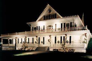 Custom Christmas Lighting Llc Residential Holiday Decorating And Lighting Services By