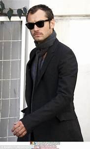 Jude Law grows a moustache to play Watson in new Sherlock ...