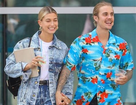 Hailey Baldwin Changes Last Name On Instagram As Justin