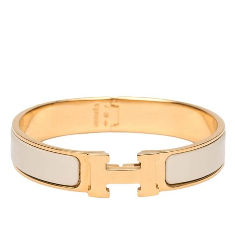 hermes h clic clac bangle hermes clic clac h craie narrow enamel bracelet pm at 1stdibs