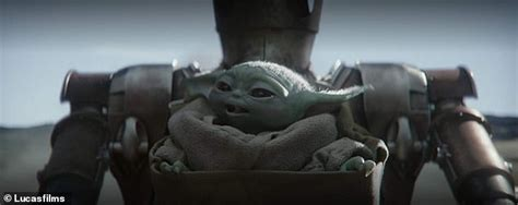 George Lucas meets Baby Yoda in a photo from The ...