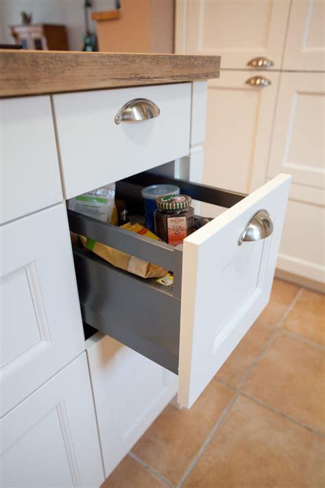 Landhausküchen Mit Kochinsel Saborbrickellcom