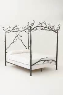 canopy bed 301 moved permanently