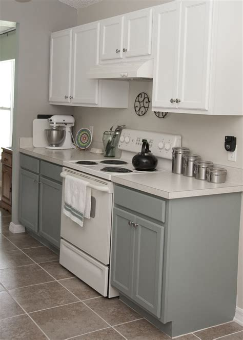 Two Tone Cupboards by Best 25 Two Tone Cabinets Ideas On