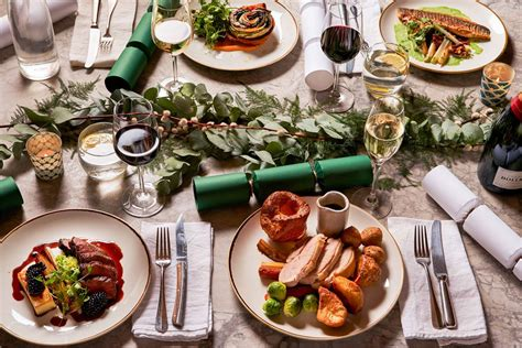 Each traditional christmas dinner menu features a main course—including ham, turkey, beef, and vegetarian options—paired with two or three side from roasted goose to christmas pudding, these traditional dinner recipes are here to deliver big flavor and good cheer during the holiday season. None Traditional Christmas Menu : Throw a proper english ...