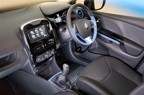 clio renault interior renault cars news clio 4 pricing and specifications