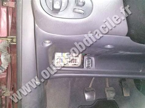obd connector location  ford focus