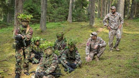Norisinās pirmā valsts aizsardzības mācības nometne   Sargs.lv