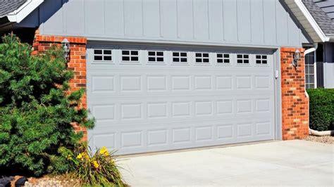 kitchen cabinets vaughan 1000 ideas about garage door window inserts on 3285