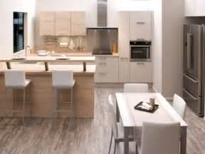 cuisine appartement cuisines aviva cuisine ouverte sur salle 224 manger id 233 esmaison