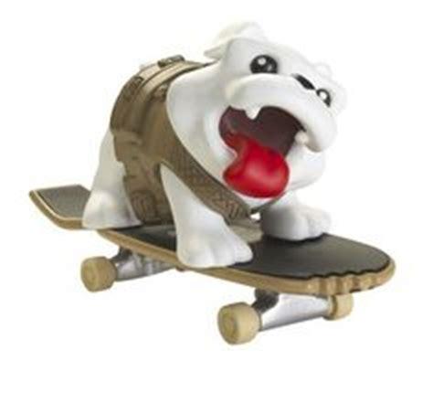 Rob Dyrdek's Wild Grinders Meaty Action Skate Set With DVD ...