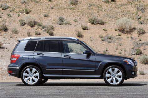After 5 volvos between the 2 of us, and a land rover, vw we have 7000 miles on our 2015 glk350 now and so far it's been outstanding. Review: 2010 Mercedes-Benz GLK 350 Photo Gallery - Autoblog