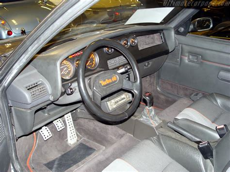 Peugeot 205 T16 High Resolution Image (3 of 4)