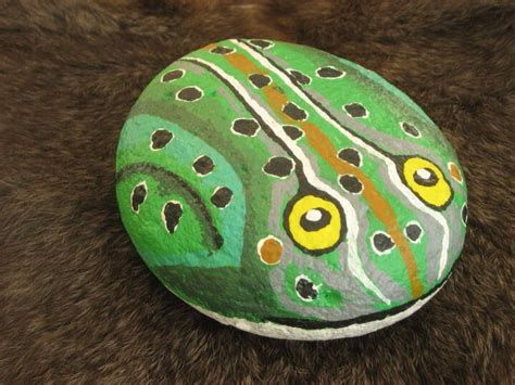 paint  river rock