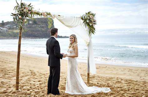 beach wedding venues   waterfront wedding articles