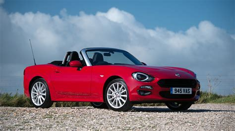 The Spider Car by Fiat 124 Spider Convertible 2016 Review Auto Trader Uk