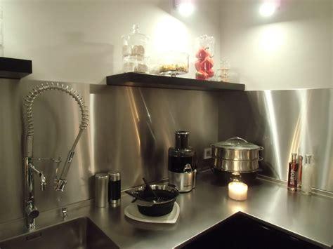 accessoires de cuisine en inox travaux cuisine le décoration de crédence inox
