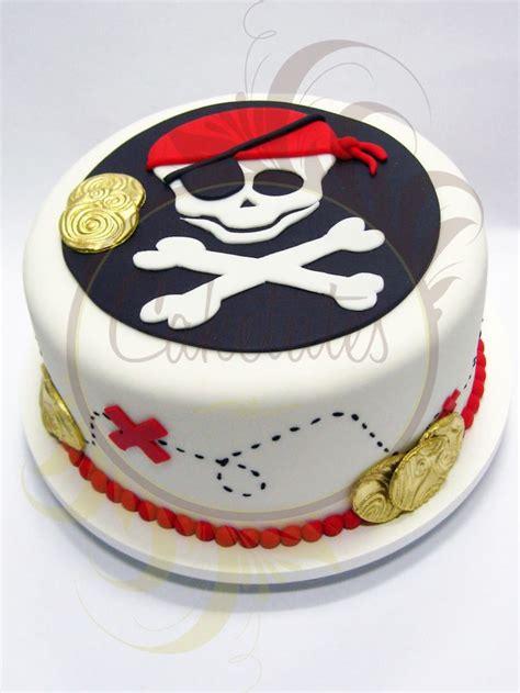 decoration gateau bateau pirate 25 best ideas about bolo pirata on bolos piratas alimentos de festa pirata and