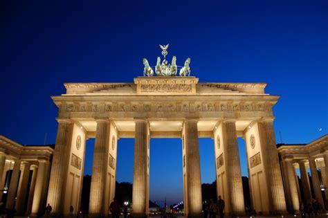 med siege top 10 sehenswürdigkeiten in berlin silvester berlin