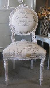Shabby Chic Stühle : french chair with calligraphy upholstery perfect for vanity or redo vanity stool like this ~ Orissabook.com Haus und Dekorationen
