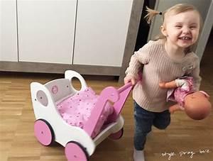 Puppenwagen Ab 1 Jahr : geschenk idee gro e holz puppenwagen liebe style pray love ~ Eleganceandgraceweddings.com Haus und Dekorationen