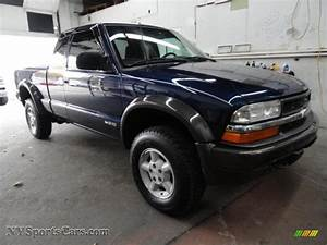 2001 Chevrolet S10 Ls Extended Cab 4x4 In Indigo Blue