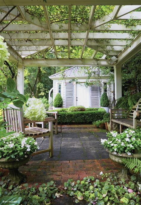 17 best ideas about outdoor garden rooms on