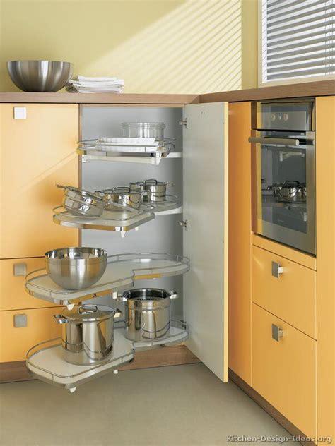 Corner Cupboard Kitchen by Best 25 Corner Cupboard Ideas On Kitchen