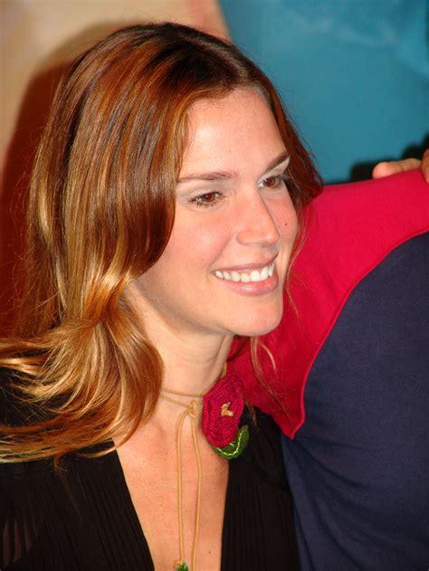 Vanessa Lóes – Wikipédia A Enciclopédia Livre