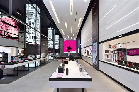 Best Store Designs Of The Year